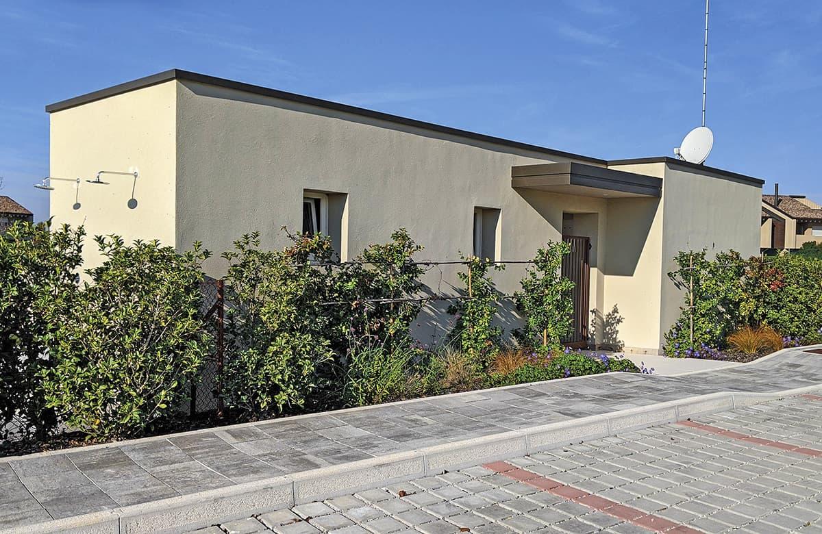 bungalow-servizi-igienici-magazzini-garages-locali-tecnici-prefabbricati-calcestruzzo-01