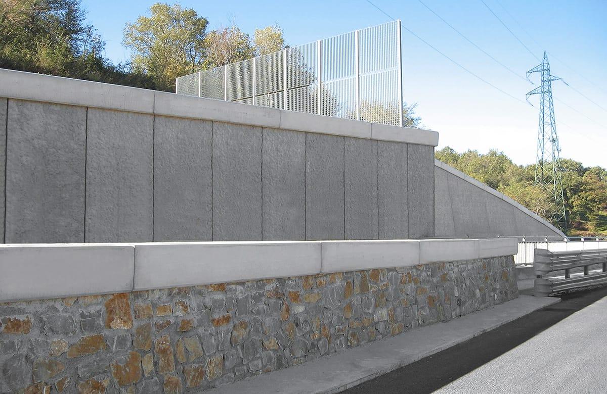 recinzioni-muri-stradali-rivestimento-pietra-prefabbricati-cemento-02